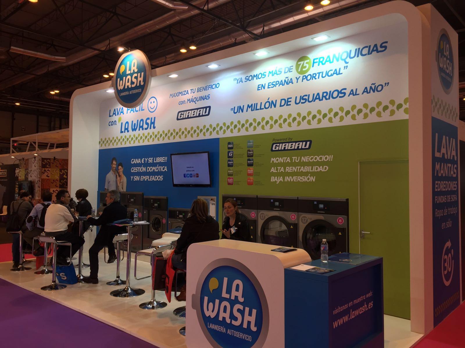 ¿Cómo emprender mi negocio con La Wash? – Franquicia de Lavandería