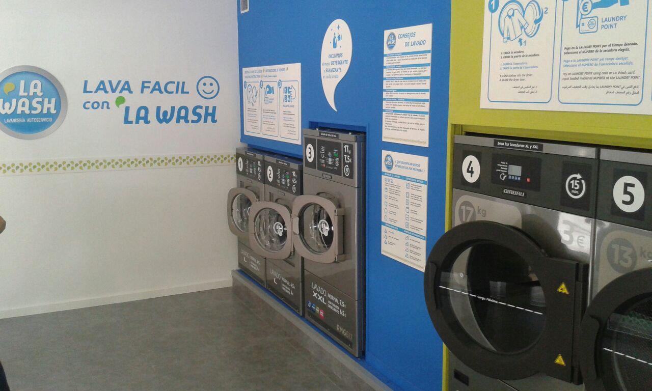 Nueva lavandería autoservicio La Wash en la calle Provençals