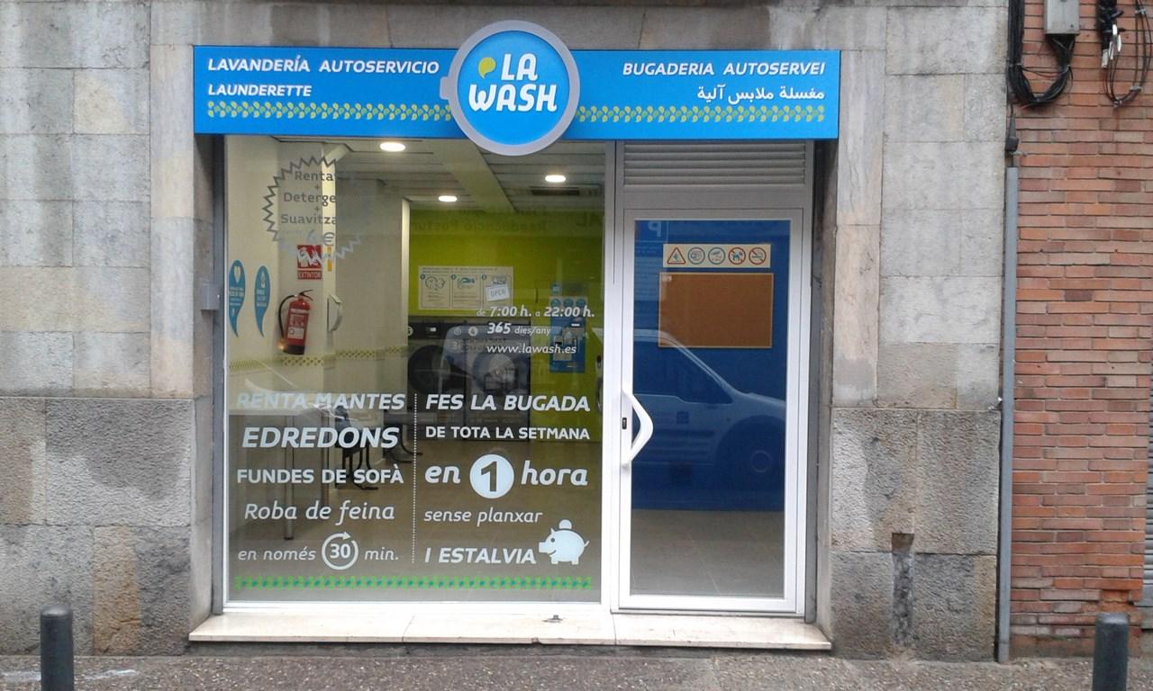 lavandería autoservicio La Wash en Girona.