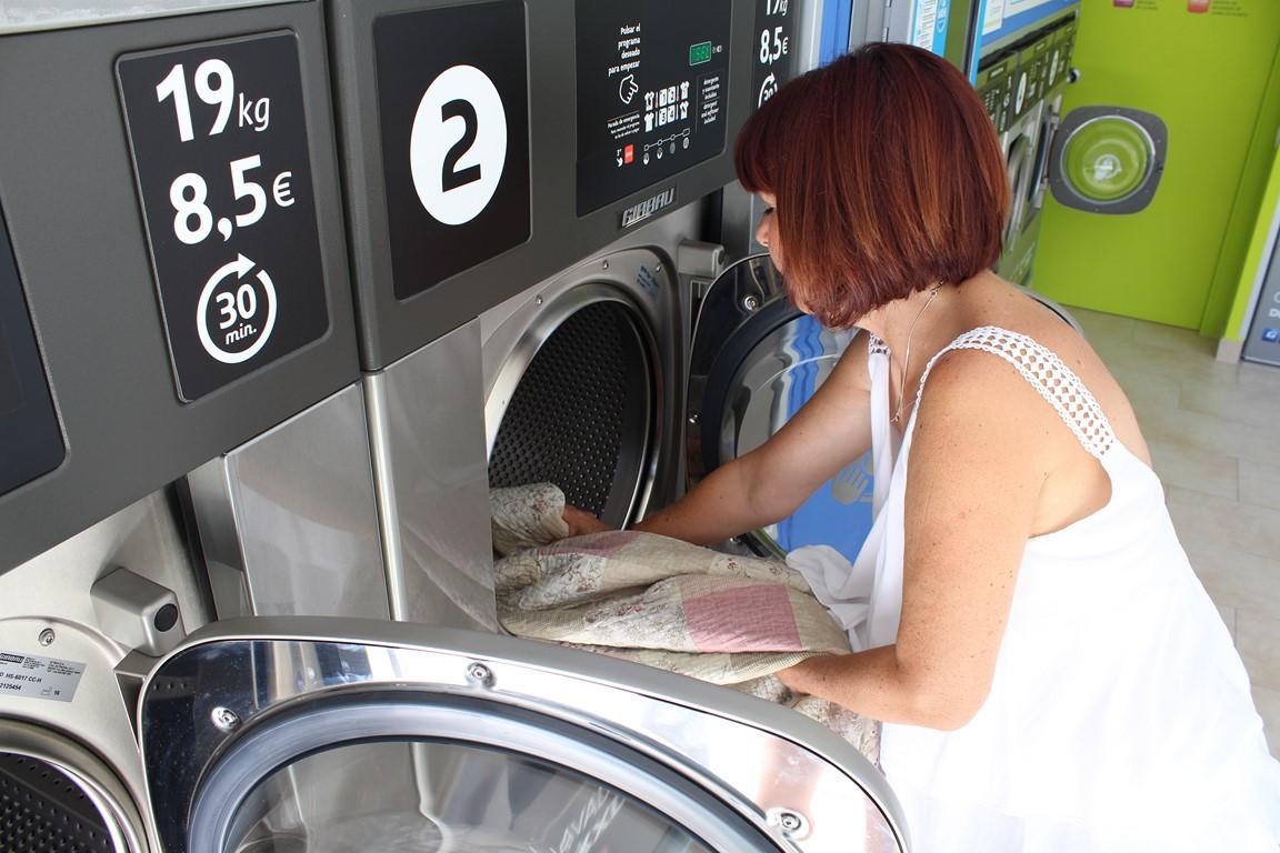 Ahorro de tiempo en el autoservicio de lavandería