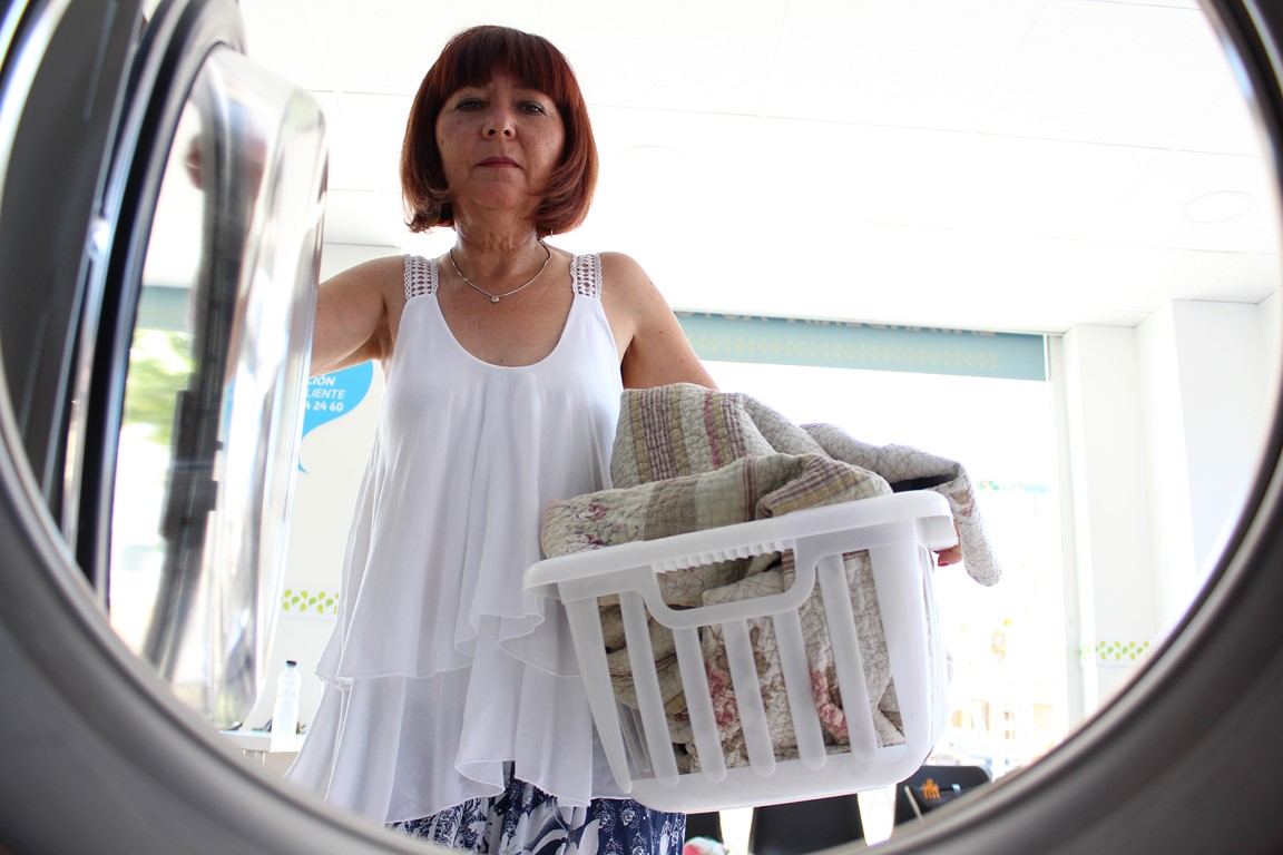 Hacer la colada de mantas y edredones en La Wash