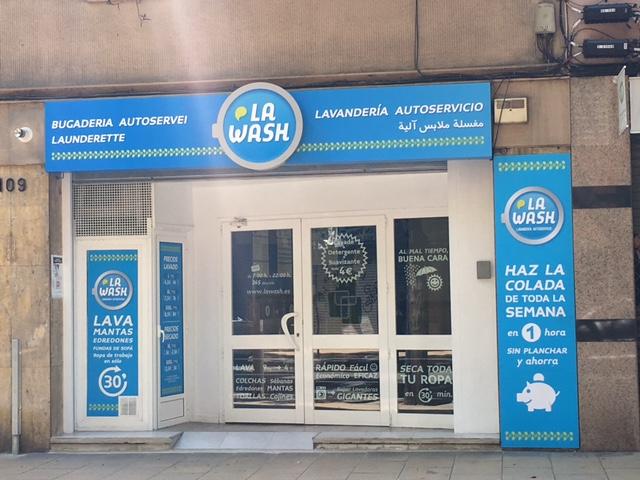 Nueva lavandería automática La Wash en Gran de Sagrera