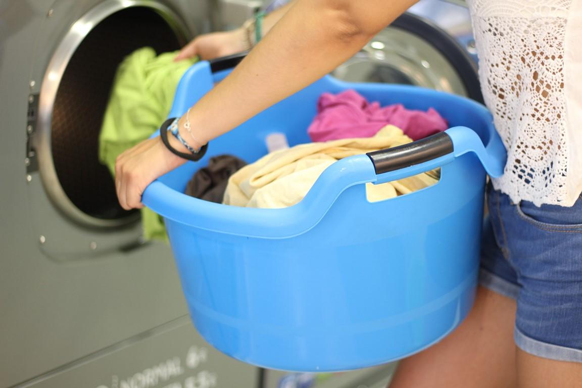 ¿Donde lavo la ropa si estoy en un hotel?