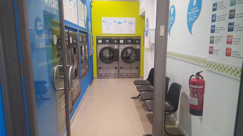 Una nueva lavandería autoservicio La Wash en Barcelona
