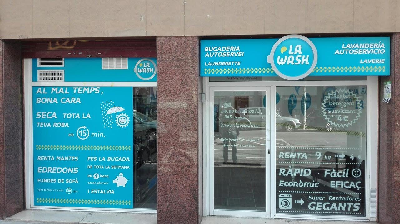Nueva lavandería autoservicio La Wash en Marquès de Sentmenat 50, Barcelona